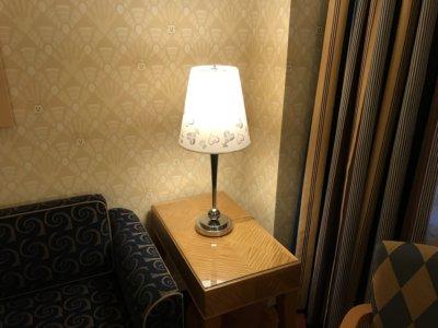 KH仕様のスタンド照明